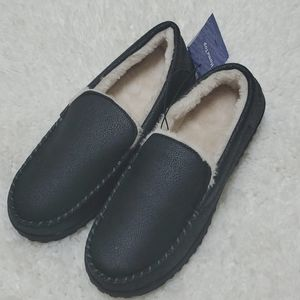 Other - Mens slippers